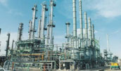 Maintenance contract at oil refineries